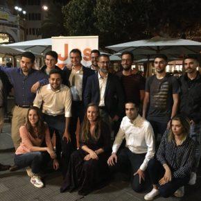 Jóvenes Ciudadanos Canarias organiza su tradicional recogida de juguetes y alimentos a favor de Cruz Roja Juventud y Banco de Alimentos