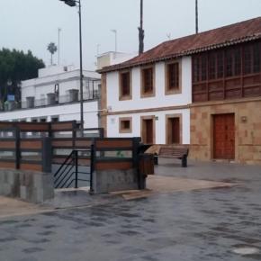 Cs exige al Ayuntamiento de Teror que instale una cubierta protectora en el acceso al aparcamiento subterráneo en la Plaza de Sintes