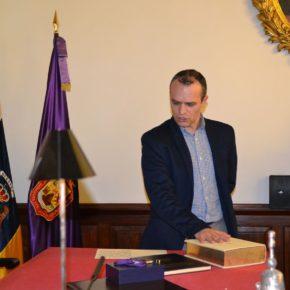 Jonatán Díaz toma posesión del acta como nuevo concejal de Ciudadanos en San Cristóbal de La Laguna