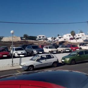Ciudadanos pide al Ayuntamiento de Tías que solucione la falta de aparcamientos en Puerto del Carmen