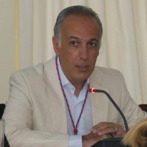 Íñigo Inchausti toma posesión del acta como nuevo concejal de Ciudadanos en Arrecife