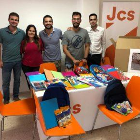 Jóvenes Cs Canarias organiza una recogida solidaria de material escolar