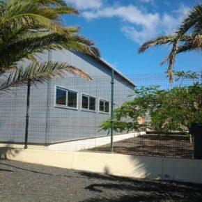 Cs denuncia las graves deficiencias del CEIP Costa Teguise y pide que las obras del nuevo colegio salgan a licitación cuanto antes