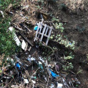 """Cs exige al Ayuntamiento de El Paso y al Cabildo que """"tomen medidas"""" y limpien el vertedero que existe a la entrada de la Caldera de Taburiente"""