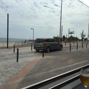 Ciudadanos reclama que se aumente la vigilancia en la zona peatonal de Playa Chica