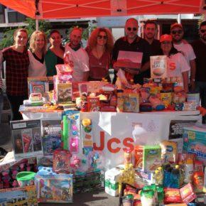 Jóvenes Cs Canarias agradece la implicación y la colaboración de los canarios que se han sumado a su campaña de recogida de juguetes y comida
