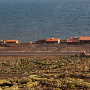 Cs pide al Cabildo de El Hierro que realice un informe socioeconómico para valorar la necesidad de declarar área sensible el puerto y el aeropuerto