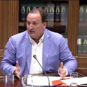 """Fernández de La Puente: """"Urge dar un giro a los planes de empleo para que sean efectivos y reduzcan la tasa de desempleo"""""""