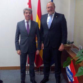 Enrique Arriaga se reúne con Ángel Garrido para conocer el modelo de gestión de la movilidad en Madrid