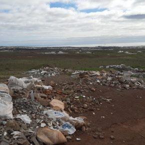 Ciudadanos exige una solución al continuo vertido ilegal de escombros en los caminos que van desde Argana a Zonzamas