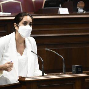 Vidina Espino logra que el Gobierno canario se comprometa a reforzar la plantilla de profesores para mejorar la calidad educativa