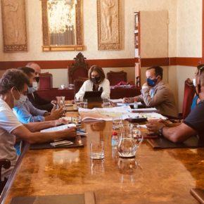 Arriaga y la alcaldesa de Guía de Isora se reúnen para abordar la movilidad del municipio